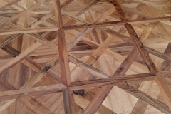 pavimento in legno di noce nazionale
